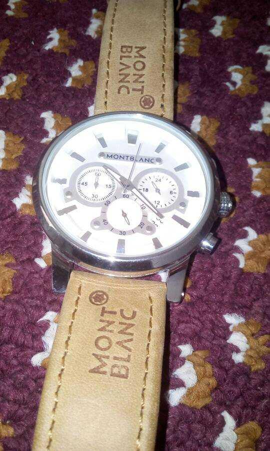 1496d7f4e بيع ساعة MONT BLANC جديده - voursa.com