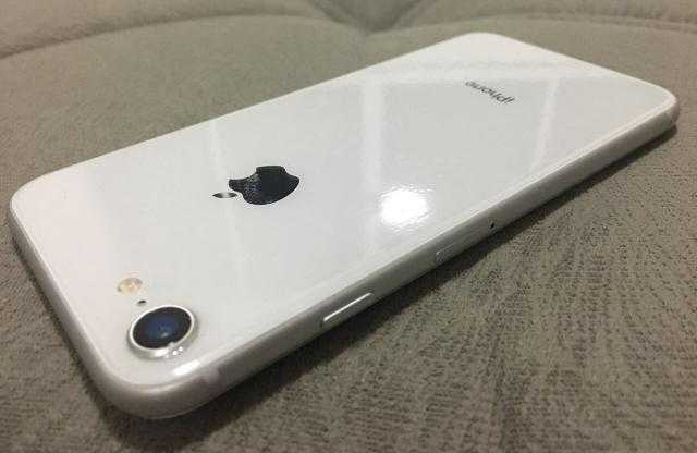 Iphone 8 jdide mezalt 64gb
