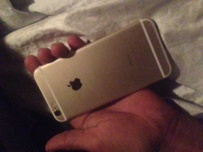 iPhone 6 gold un bone etat
